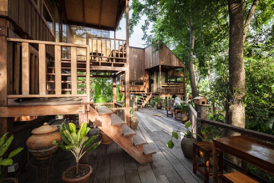 Khám phá căn nhà gỗ độc đáo ở Thái Lan